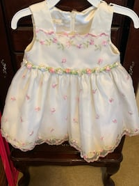 girl's white and pink floral sleeveless dress Arlington, 22203