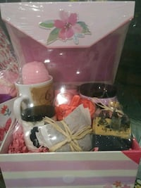 Holiday Gift Baskets! Loaded with goodies! Rockwall