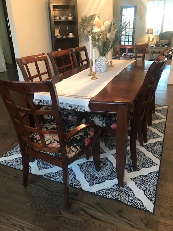 Used Dining Room Table And Chairs For Sale In Nashville