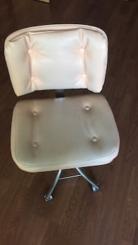 Manicure chairs, very comfy, soft peach colour. $50 for both chairs   Orillia, L3V