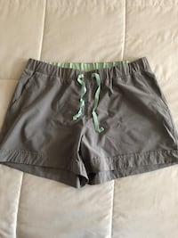 Like New Ladies Medium Denver Hayes Shorts $4