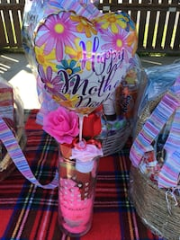 Vase and Balloon gift for mother day Stantonsburg, 27883