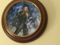 Elvis Commerative Plate Woodbridge, 22193