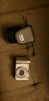Canon point and shoot camera and case