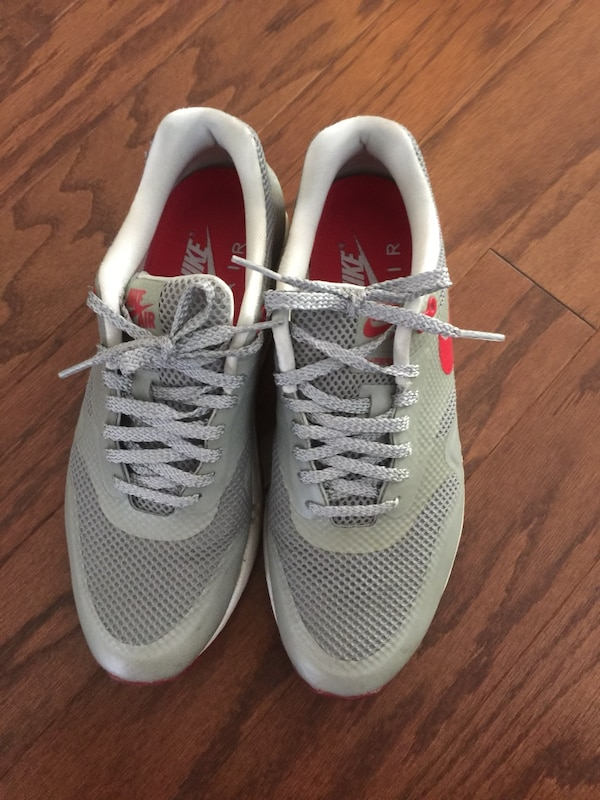 ebbcbf0699d8 Used Grey-and-red nike airmax shoes for sale in Cumming - letgo