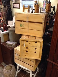 Wood crates Ellenton, 34222