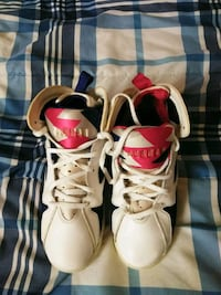 pair of white-and-red Air Jordan shoes Washington, 20003