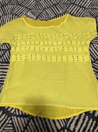 Yellow and white scoop neck shirt