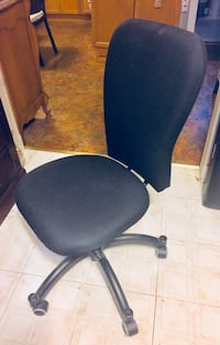 Office Swivel/Adjustable Ergo Chair (Unused) Quincy, 02169