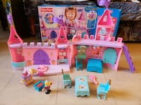 Fisher price princess castle set Toronto, M6K 1S6