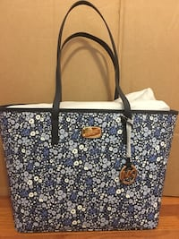 Michael Kors Emery Large Top ZIP Tote Navy Falls Church, 22043