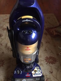 Brissels vaccum  cleaner. It's a two piece unit and made for home that has pets Valdosta, 31606