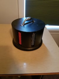 Poker chips in rotating caddy