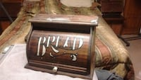 Antiques country bread box Mount Sidney, 24467