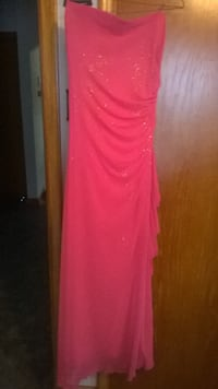 Bright Pink Dress-gittered/gathered one side