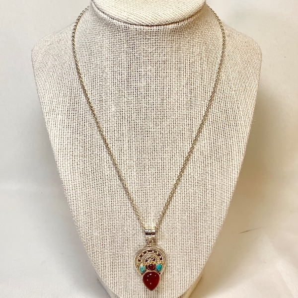 Genuine Navajo Sterling Silver Turquoise Coral Pendant with Rolo chain 249c79b8-b870-4598-bd5f-fb1cb5d49002
