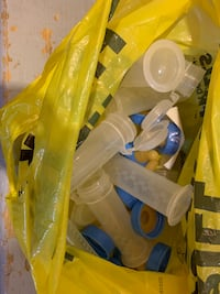 Nursing pads and little bottles with snap lids. Mississauga, L5R