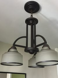 Dining room light fixture, good condition Yonkers, 10512