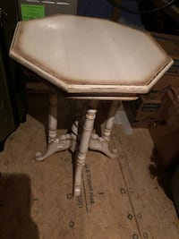White wooden table Charlotte, 28202