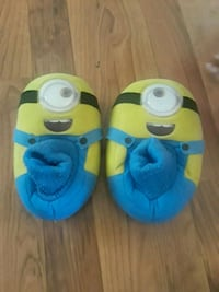 Minions house shoes Georgetown, 40324