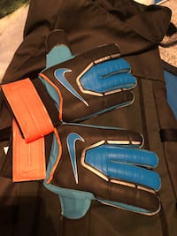 Goalkeepers Gloves Toronto, M6H 3V8