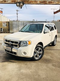 GORGEOUS 2010 HYBRID FORD ESCAPE LIMITED! V6 - CLEAN Los Angeles