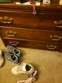 Solid wood dresser Indianapolis, 46250