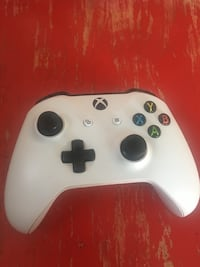 White xbox one wireless controller Albuquerque, 87110