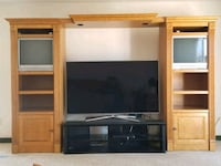 Entertainment center  Santee, 92071