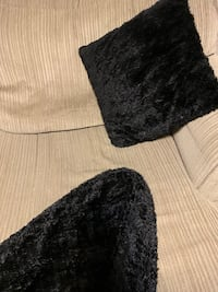 Two black almost new velvet pillow and throw smoke /pet free home Calgary, T1Y 1X7