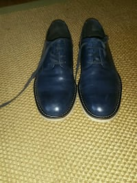 pair of black leather dress shoes 757 mi