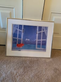 Medium sized beach picture with frame