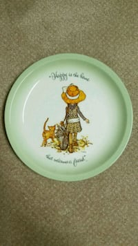 Holly Hobbie collectors edition plate Lethbridge