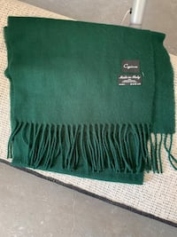 Forest green SUPER SOFT scarf  Burke, 22015