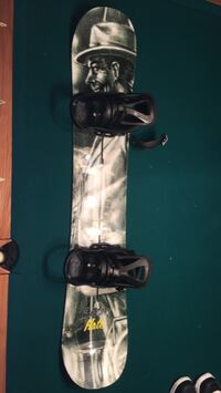 Burton Hate Board with burton bindings and bag Stony Plain, T7Z 0A4