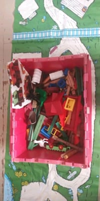 Huge box of Lincoln logs + all accessories  Antioch, 94509
