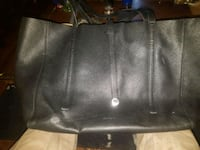 Tiffaney & co ladies leather hand bag  Edmonton, T6K