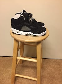 Air jordan 5 sz 7 womans