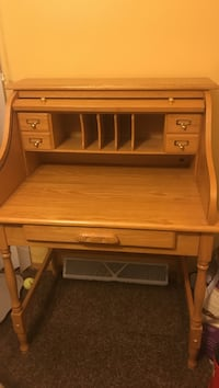 brown wooden single drawer desk