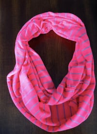 scarf Newmarket