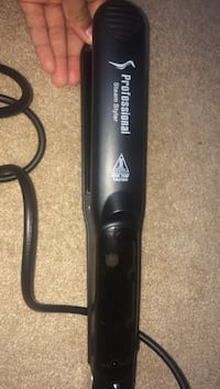 Black professional steam styler hair flat iron Stoney Creek, L8E 5N3