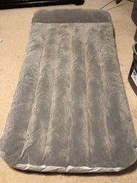 Bestway Twin Size Air Mattress With Pillow Rest and Built In Pump Manassas