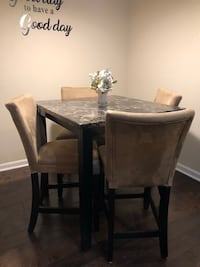 Faux marble table with 4 chairs Woodbridge, 22192