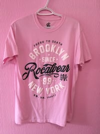 "Like New Men's ""Pink"" Rocawear Tshirt $4  Trenton, K8V 2X8"
