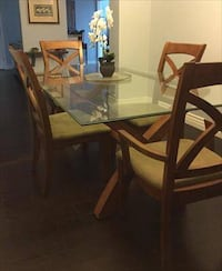 Glass Dining Table with 6 Chairs SANANTONIO