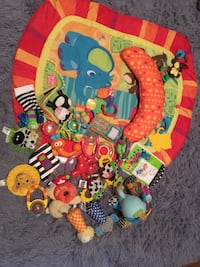 Tummy time mat and toys