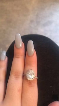 silver and diamond studded ring Vaughan, L4L 0C4