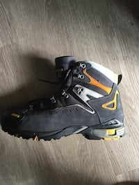 Asolo gore Tex black, yellow, and gray hiking boot 13.5  Denver, 80207