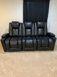 Leather reclining loveseat Owings Mills, 21117
