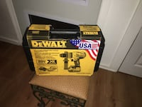 DEWALT 20-Volt MAX XR Lithium-Ion Cordless Premium Brushless Hammer Drill with (2) Batteries 5Ah, Charger and Case Austin, 78721
